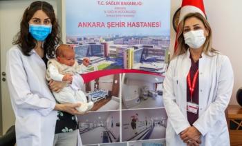 Türkiye'nin antikorlu doğan ilk bebeği: Uras bebek