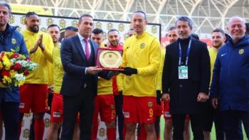 Umut Bulut Süper Lig tarihine geçti...