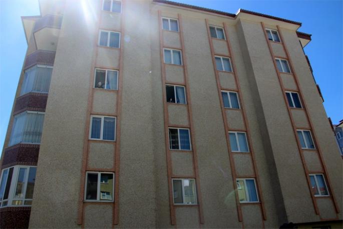 Yıldızkent'te bir apartman karantinaya alındı...